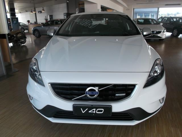 sold volvo v40 d3 r design kinetic used cars for sale. Black Bedroom Furniture Sets. Home Design Ideas