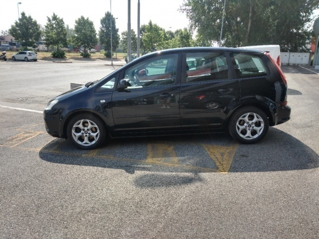 sold ford c max 1 6 tdci 110 cv ik used cars for sale autouncle. Black Bedroom Furniture Sets. Home Design Ideas