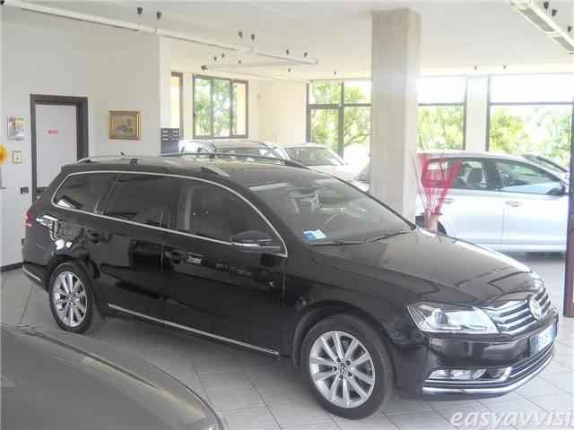 usato variant 2 0 tdi 4motion 177 cv dsg highline vw passat 2014 km in bergamo. Black Bedroom Furniture Sets. Home Design Ideas