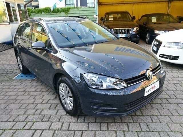 sold vw golf variant 1 6 tdi 90 cv used cars for sale autouncle. Black Bedroom Furniture Sets. Home Design Ideas
