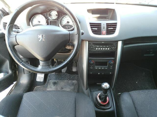 sold peugeot 207 1 6 hdi 90cv 3p used cars for sale autouncle. Black Bedroom Furniture Sets. Home Design Ideas