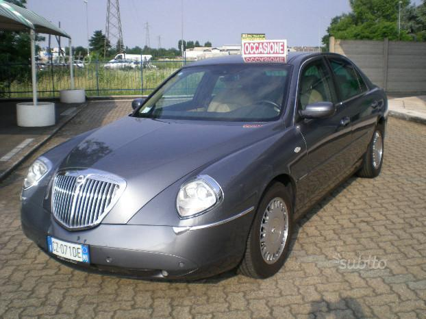 thesis link aut The lancia thesis (type 841) is an executive car produced by italian automaker lancia between 2001 and 2009 it was available with naturally aspirated and.