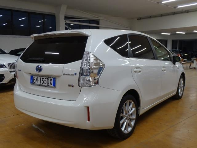 sold toyota prius 1 8 lounge hibr used cars for sale autouncle. Black Bedroom Furniture Sets. Home Design Ideas