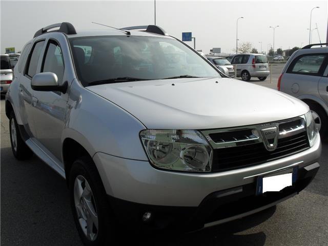 Venduto dacia duster 1 6 benz 77 kw 5 auto usate in vendita for Dacia duster 7 posti