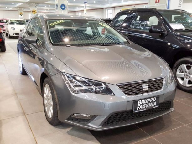 sold seat leon st 1 6 tdi 105 cv 4 used cars for sale autouncle. Black Bedroom Furniture Sets. Home Design Ideas