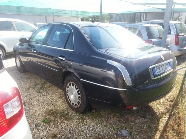 sold lancia thesis 2 4 jtd executi used cars for sale. Black Bedroom Furniture Sets. Home Design Ideas