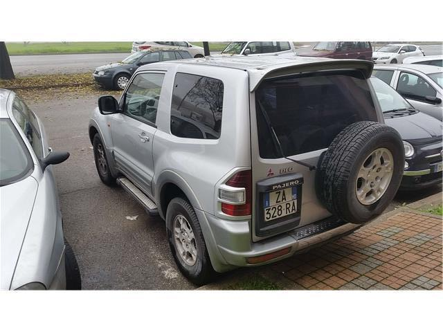 sold mitsubishi pajero 3 porte gls used cars for sale autouncle. Black Bedroom Furniture Sets. Home Design Ideas