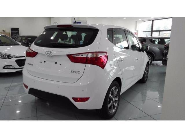 sold hyundai ix20 km 0 del 2017 a used cars for sale. Black Bedroom Furniture Sets. Home Design Ideas