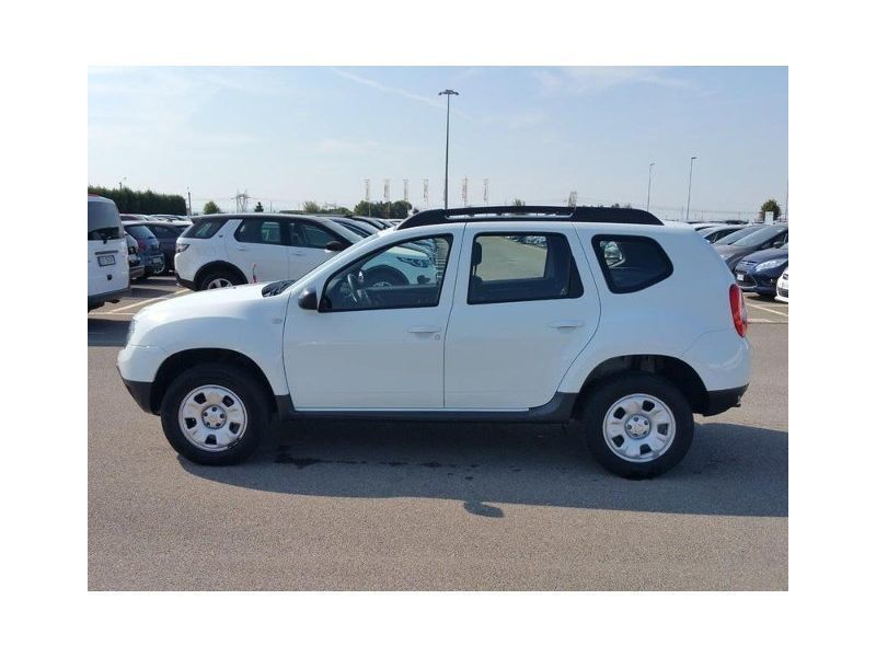 sold dacia duster 1 6 benz gpl 105 used cars for sale. Black Bedroom Furniture Sets. Home Design Ideas
