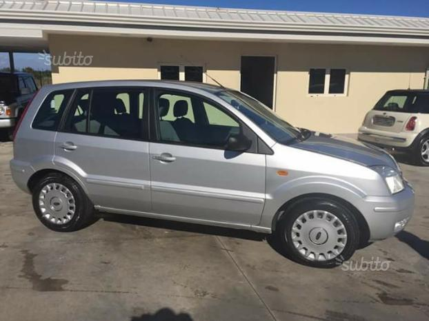 sold ford fusion fusion 1 4 tdci 5 used cars for sale. Black Bedroom Furniture Sets. Home Design Ideas