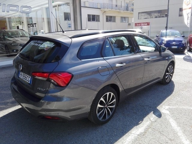 sold fiat tipo sw 1 6 mjt lounge s used cars for sale autouncle. Black Bedroom Furniture Sets. Home Design Ideas