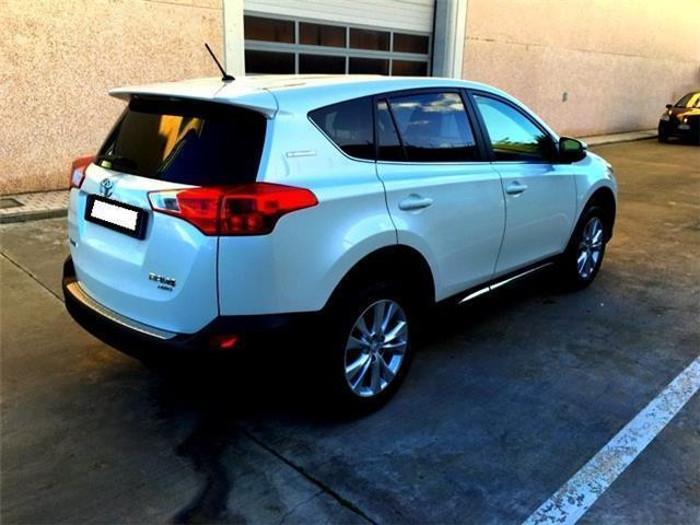 sold toyota rav4 2 0 d 4d 4wd loun used cars for sale autouncle. Black Bedroom Furniture Sets. Home Design Ideas