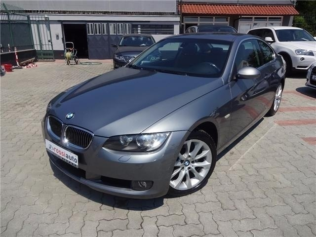 sold bmw 330 xd coupe 39 futura in used cars for sale. Black Bedroom Furniture Sets. Home Design Ideas