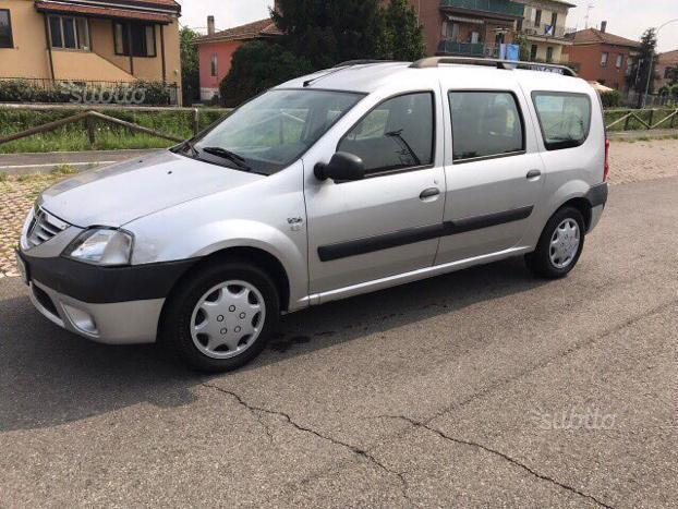 sold dacia logan 1 6 gpl 2008 used cars for sale autouncle. Black Bedroom Furniture Sets. Home Design Ideas