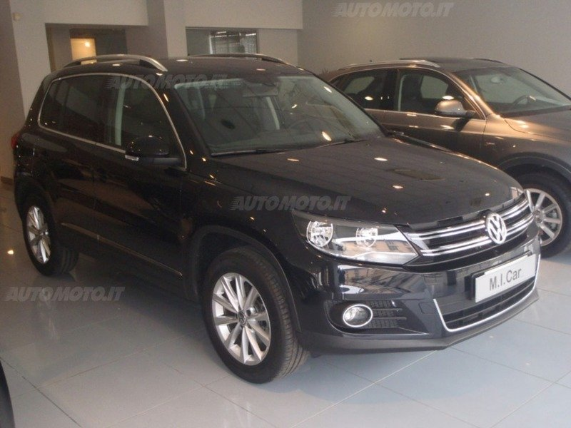 usato business 2 0 tdi 140 cv 4motion sport style vw tiguan 2015 km in brescia. Black Bedroom Furniture Sets. Home Design Ideas