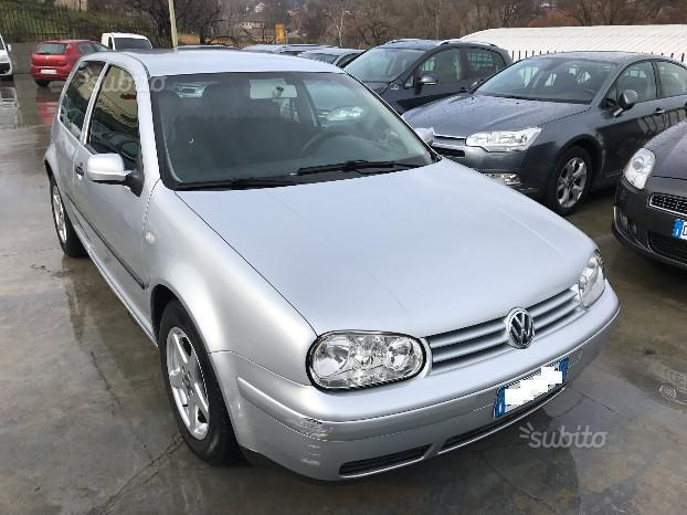usato 1 9 tdi 110 cv cat 3p comfortline vw golf iv 2001 km in alessandria. Black Bedroom Furniture Sets. Home Design Ideas