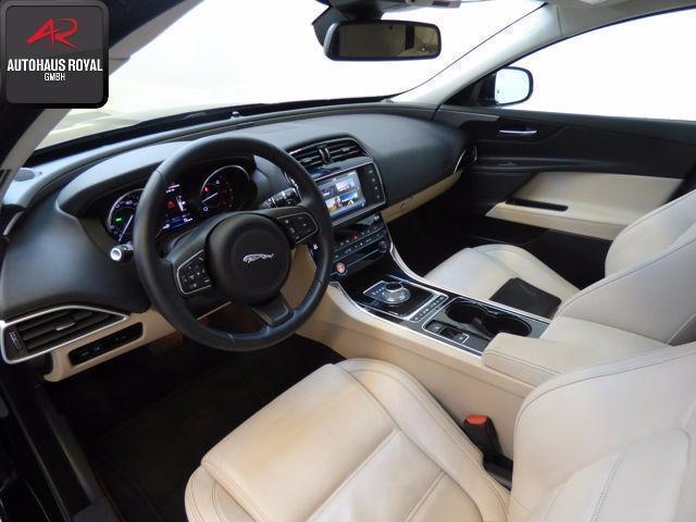jaguar xe usata 472 jaguar xe in vendita autouncle. Black Bedroom Furniture Sets. Home Design Ideas