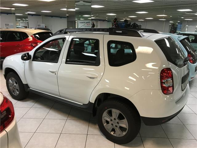 sold dacia duster laureate 1600 cv used cars for sale autouncle. Black Bedroom Furniture Sets. Home Design Ideas