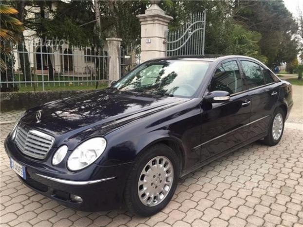 sold mercedes e320 cdi elegance au used cars for sale autouncle. Black Bedroom Furniture Sets. Home Design Ideas