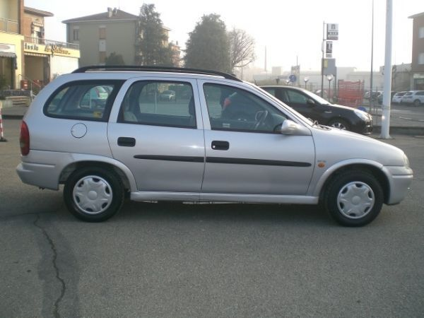 sold opel corsa 1 7 diesel cat sta used cars for sale autouncle. Black Bedroom Furniture Sets. Home Design Ideas