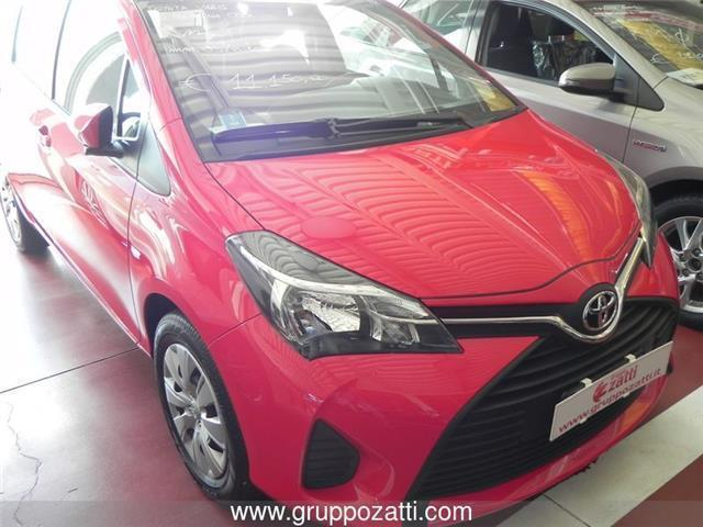 sold toyota yaris 1 0 5 porte cool used cars for sale autouncle. Black Bedroom Furniture Sets. Home Design Ideas