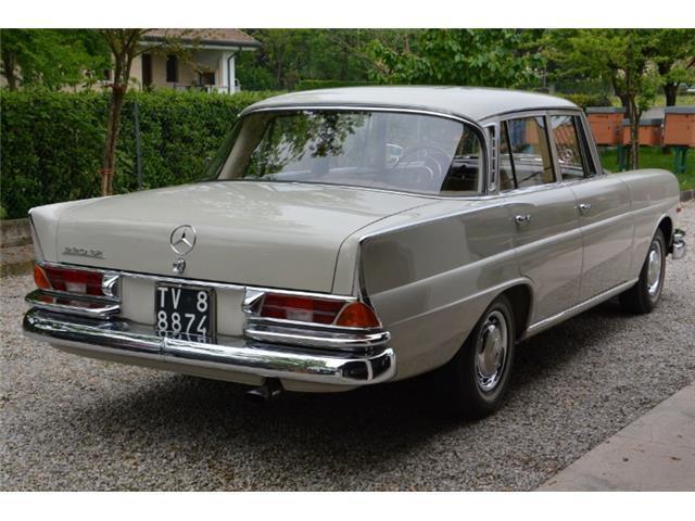 sold mercedes 220 se codine w111 h used cars for sale autouncle. Black Bedroom Furniture Sets. Home Design Ideas
