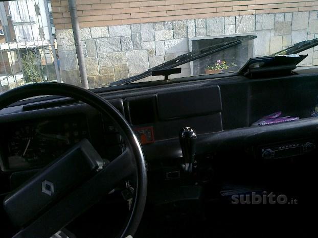 Usato renault r4 1987 km in nepi viterbo vt for Subito it arredamento usato brindisi