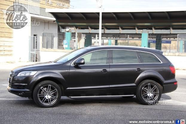 sold audi q7 1 serie used cars for sale autouncle. Black Bedroom Furniture Sets. Home Design Ideas