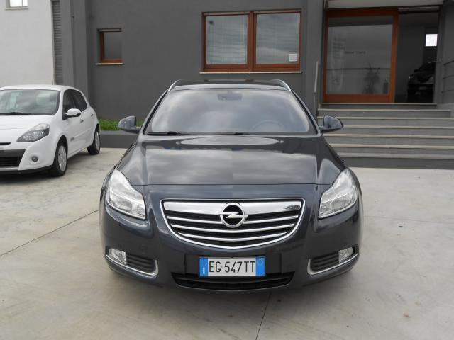 usato 2 0 cdti 160cv ecoflex sports tourer cosmo opel insignia 2011 km in ghilarza. Black Bedroom Furniture Sets. Home Design Ideas