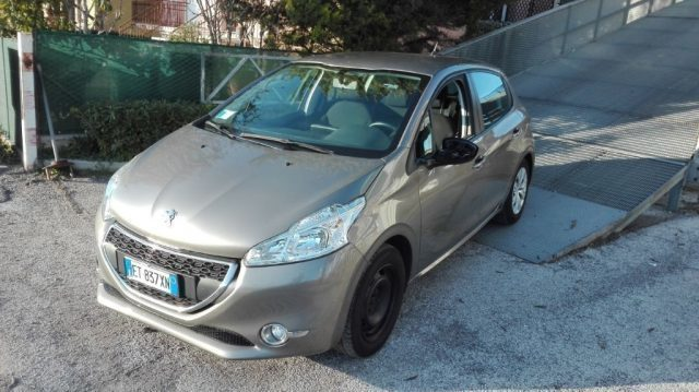 sold peugeot 208 promo 1 4 8v hdi used cars for sale autouncle. Black Bedroom Furniture Sets. Home Design Ideas