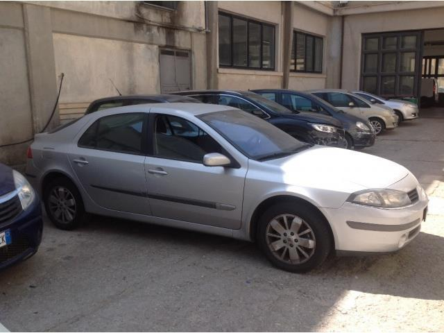 sold renault laguna iii 1 9 dci 13 used cars for sale autouncle. Black Bedroom Furniture Sets. Home Design Ideas