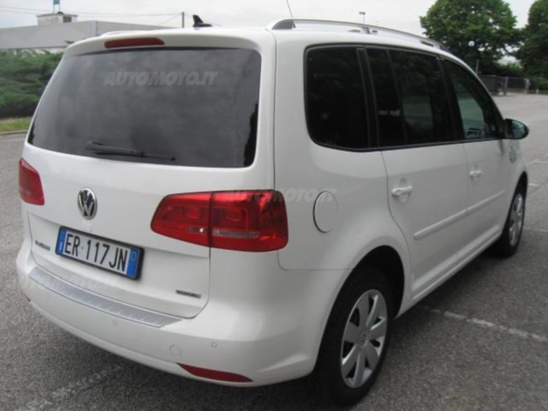 sold vw touran ecofuel navigatore used cars for sale autouncle. Black Bedroom Furniture Sets. Home Design Ideas