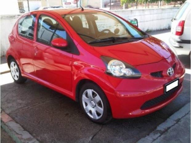usato 1 4 turbodiesel 5 porte sol toyota aygo 2006 km in cagliari ca. Black Bedroom Furniture Sets. Home Design Ideas