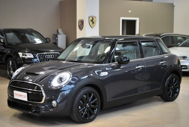 sold mini cooper s 5 porte 2 0 192 used cars for sale autouncle. Black Bedroom Furniture Sets. Home Design Ideas