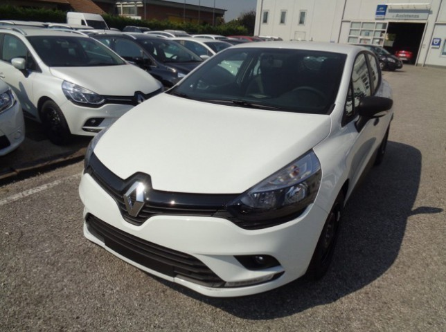 sold renault clio iv 4 serie used cars for sale autouncle. Black Bedroom Furniture Sets. Home Design Ideas