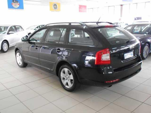 sold skoda octavia 1 6 tdi 105 cv used cars for sale autouncle. Black Bedroom Furniture Sets. Home Design Ideas