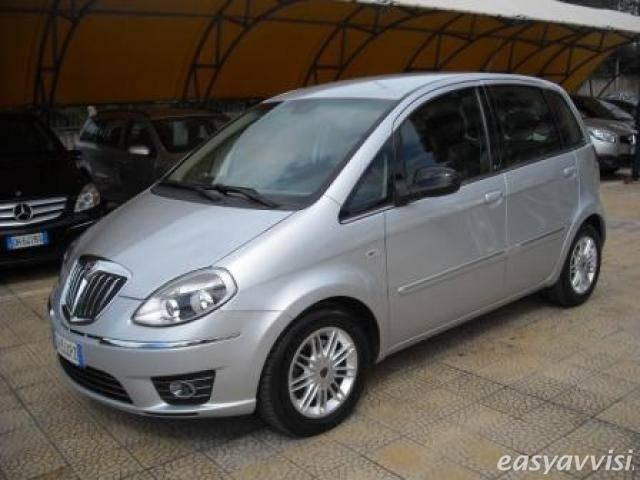 Sold lancia musa 1 3 mjt 95 cv pla used cars for sale for Alessi porte prezzi