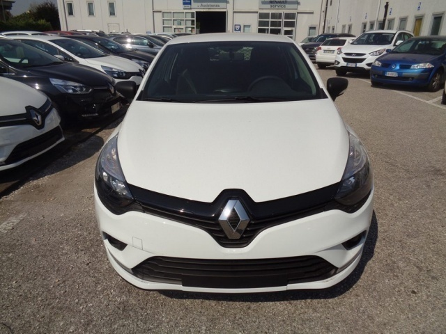 sold renault clio iv van energy 1 used cars for sale autouncle. Black Bedroom Furniture Sets. Home Design Ideas