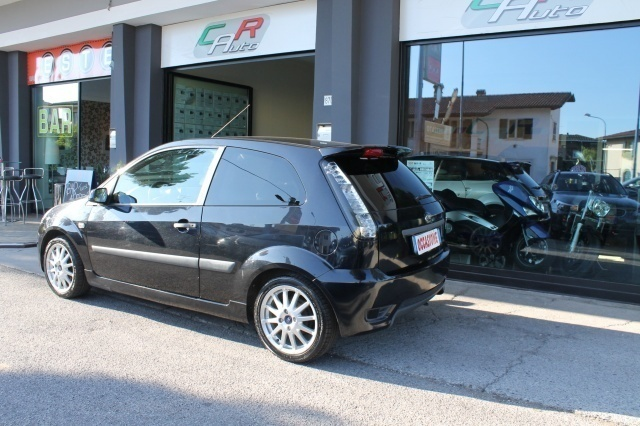 sold ford fiesta 1 6 16v 3 porte s used cars for sale. Black Bedroom Furniture Sets. Home Design Ideas