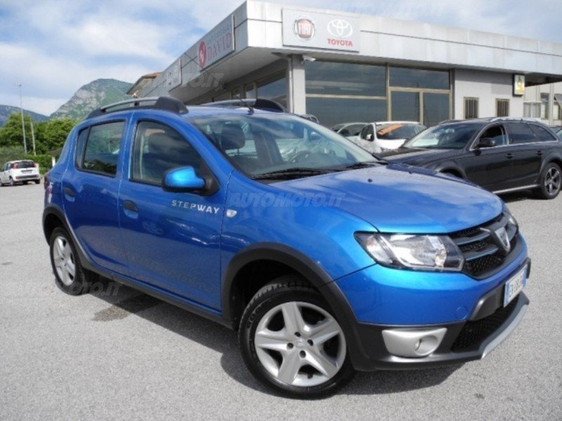 sold dacia sandero stepway 900 tce used cars for sale autouncle. Black Bedroom Furniture Sets. Home Design Ideas