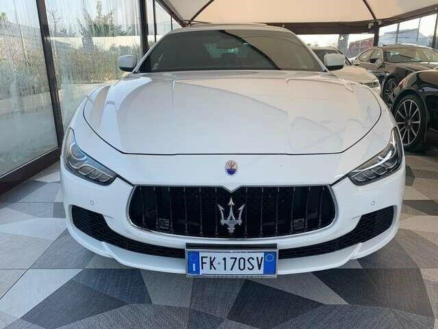 Usato 2016 Maserati Ghibli 3.0 Diesel 275 CV (44.000 €) | 70124 Bari (Bari) | AutoUncle
