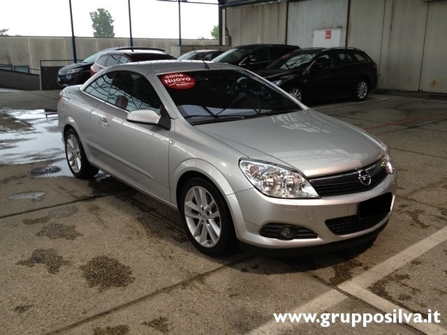 sold opel astra cabriolet 2007 used cars for sale. Black Bedroom Furniture Sets. Home Design Ideas