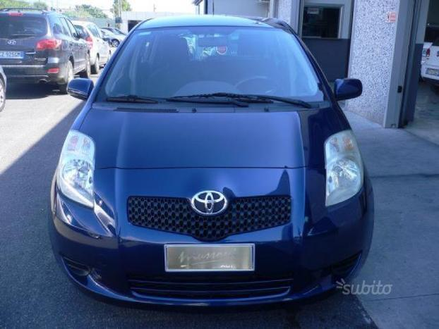 sold toyota yaris 1 4 d4d sol auto used cars for sale autouncle. Black Bedroom Furniture Sets. Home Design Ideas