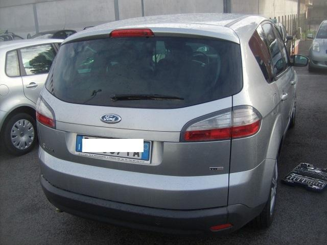 usato usata 2007 ford s max 2007 km in sassari ss. Black Bedroom Furniture Sets. Home Design Ideas