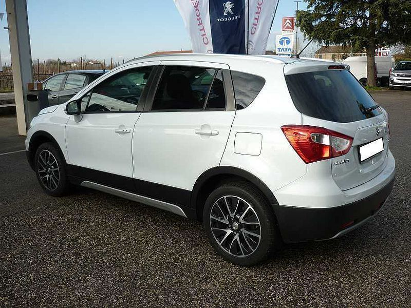 sold suzuki sx4 s cross 1 6 ddis 4 used cars for sale autouncle. Black Bedroom Furniture Sets. Home Design Ideas