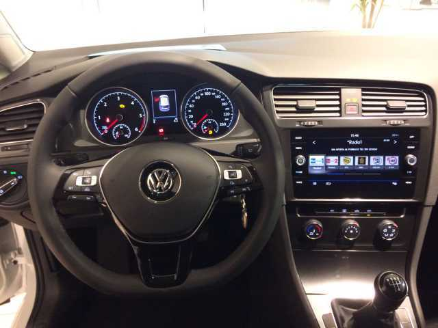 sold vw golf vii 1 6 tdi 115 cv 5p used cars for sale autouncle. Black Bedroom Furniture Sets. Home Design Ideas