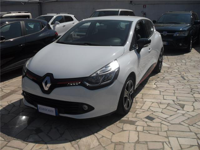 sold renault clio 0 9 tce 12v 90cv used cars for sale autouncle. Black Bedroom Furniture Sets. Home Design Ideas