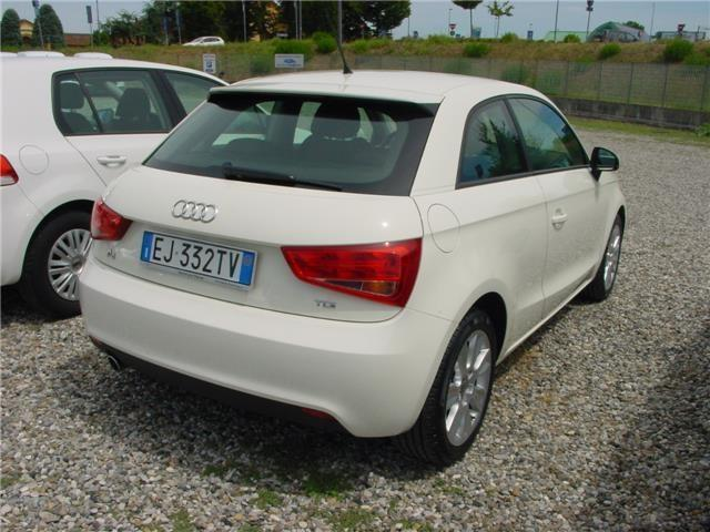 sold audi a1 1 6 tdi 105 cv rif 8 used cars for sale autouncle. Black Bedroom Furniture Sets. Home Design Ideas