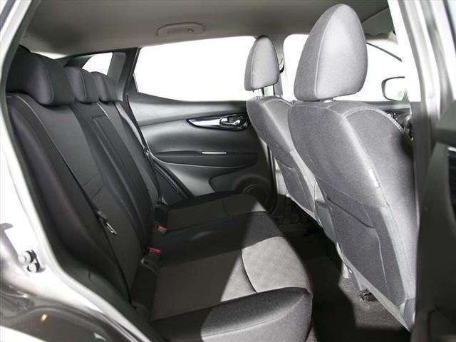 sold nissan qashqai 1 5 dci tekna used cars for sale autouncle. Black Bedroom Furniture Sets. Home Design Ideas