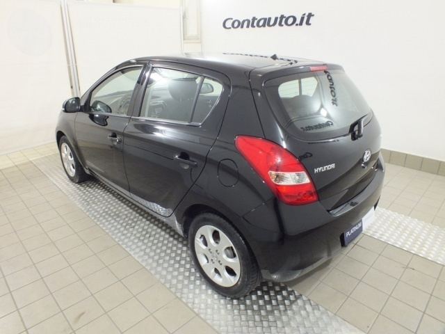 sold hyundai i20 1 2 sound edition used cars for sale autouncle. Black Bedroom Furniture Sets. Home Design Ideas